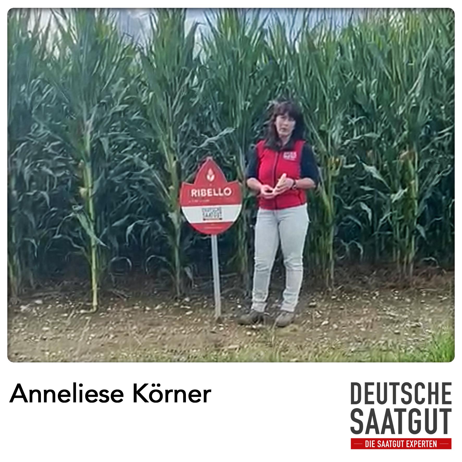 Anneliese Körner bei der Mais-Sortendemo in Pastetten, Bayern